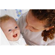 Comment expliquer le rythme du sommeil de bébé?