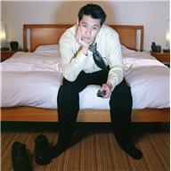 L insomnie, quelles peuvent en être les causes médicales et environnementales les plus communes?
