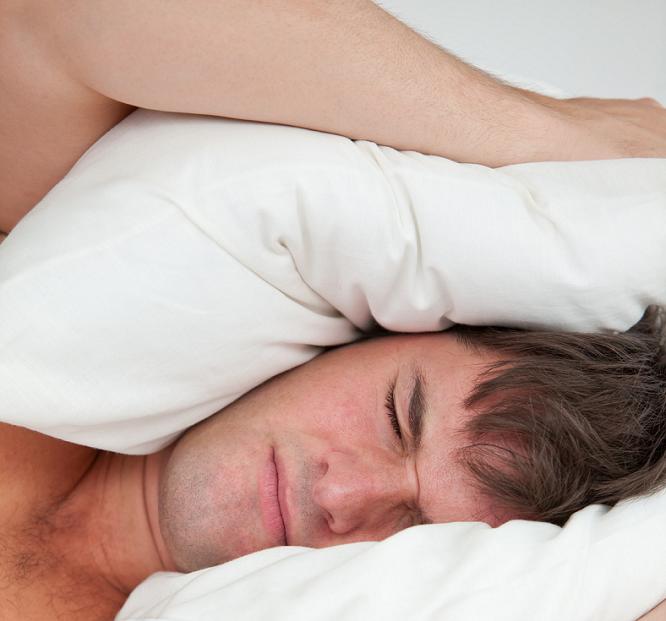 Le ronflement, le meilleur ennemi de votre sommeil.